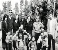 في مئويته| صور نادرة للسادات وسط أحفاده وعائلته