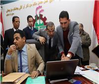 وزير القوى العاملة يسلم «هويات» المصريين مستحقي المعاشات بالعراق