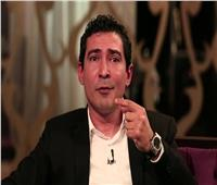 فيديو| وصلة رقص لـ «بركات» خارج مصر