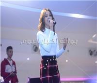 صور| رنا سماحة تحيي حفل في مول العرب