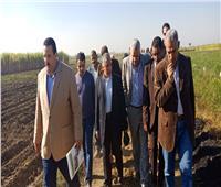 صور| وفد «الزراعة» يتفقد نموذج لمبادرة توحيد الحيازات الزراعية المفتتة بالأقصر
