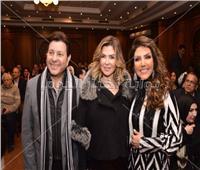 صور| هاني شاكر وعبد الله مشرف يحتفلان بعقد قران ابنة نادية مصطفى
