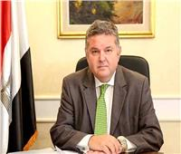 وزير قطاع الأعمال يصل مقر انعقاد مؤتمر أخبار اليوم الاقتصادي