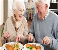 تعرف على أفضل 10 أغذية لـ«كبار السن»