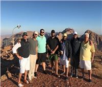 بالصور.. بن سلمان بصحبة أعضاء مجلس الوزراء على قمة جبل اللوز