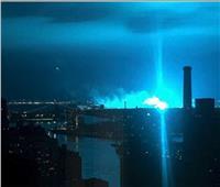 الشرطة الأمريكية تكشف سر اللون الأزرق بسماء نيويورك| فيديو