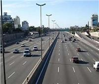 فيديو| سيولة مرورية على الطرق والمحاور الرئيسية بالقاهرة والجيزة