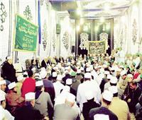 الآلاف من محبي آل البيت في رحاب الإمام الحسين.. و«التهامي» أبرز المنشدين