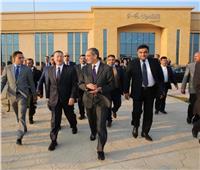 وزير الاتصالات يتفقد المنطقة التكنولوجية ببني سويف الجديدة