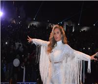 صور| حفلان لنيكول سابا يشعلان رأس السنة بحضور «كامل العدد»