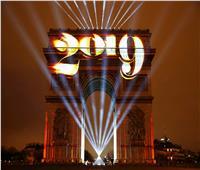 30 صورة ترصد ليلة رأس السنة حول العالم| خطابات تهنئة..احتفالات..وإرهاب