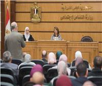 وزيرة التضامن توجه بحسن معاملة المواطن وتطبيق آليات مكافحة الفساد