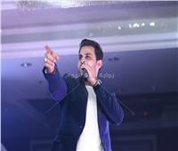 صور| 4 حفلات كاملة العدد لـ«محمد رشاد» بليلة رأس السنة