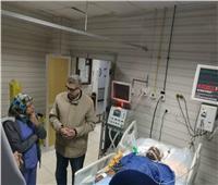 «القاضي» يتابع الخدمات بالمستشفى الجامعى ببنها