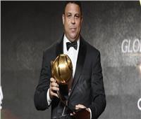 الظاهرة رونالدو يتوج بجائزة أفضل مسيرة في جلوب سوكر