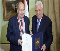 فيديو  وحيد حامد: هذه كواليس تكريمي من الرئيس الفلسطيني