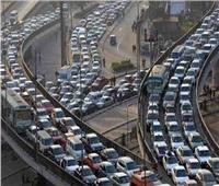 فيديو  المرور: كثافات متوسطة بمحاور وميادين القاهرة والجيزة