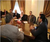 وزير الشباب والرياضة يبحث التعاون مع وزارة الطيران المدني