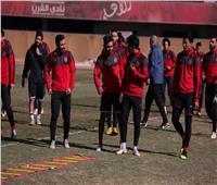 لاعبو الأهلي يرحبون بـ«الشحات»
