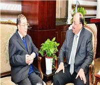 وزير التنمية المحلية يلتقي سفير الصين بالقاهرة لبحث سبل دعم أوجه التعاون بين البلدين