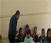 مدير «تعليم شبرا الخيمة» لمراقبي الامتحانات: تعاملوا مع الطلاب بهدوء