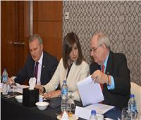 وزيرة الهجرة تلتقي نائب وزير الخارجية اليوناني والقبارصة المغتربين