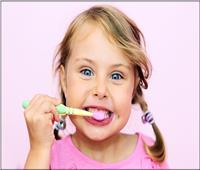 احذر المشاركة في استخدام فرشاة الأسنان تسبب أمراض لا حصر لها