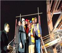 صور| جولة مفاجئة لوزير النقل في منتصف الليل لمتابعة العمل بالخط الثالث للمترو
