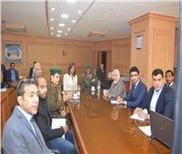 نبيلة مكرم تبحث مع قائد الدفاع الشعبي التعاون في دورات تثقيفية للمصريين بالخارج