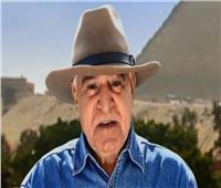 فيديو  حواس يعلق عن تثبيت رأس تمثال أثري في متحف بسوهاج بمسامير