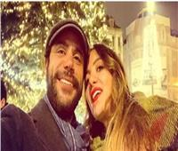 محمد إمام يعبر عن حبه لزوجته على طريقة عمرو دياب