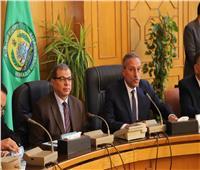 سعفان ومحافظ الإسماعيلية يسلمان 250 شهادة أمان للعمالة غير المنتظمة