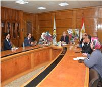 رئيس جامعة أسيوط يبحث سبل تطوير التعاون مع المجلس الثقافي البريطاني في مصر