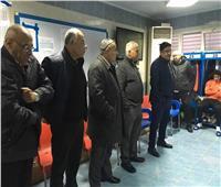 صور| عادل عبد الرحمن يجتمع بلاعبي سموحة بعد توليه مسؤولية تدريب الفريق