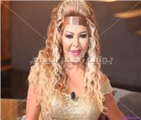 فلة الجزائرية تعود لجمهورها المصري بـ«مسألة كرامة»