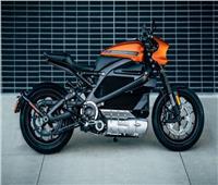شاهد| أول دراجة نارية كهربائية بالكامل