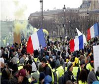 «استقل يا ماكرون».. «السترات الصفراء» ترفض مبادرة الرئيس الفرنسي