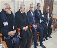 طارق عامر يقدم واجب العزاء في وفاة والدة وزير المالية