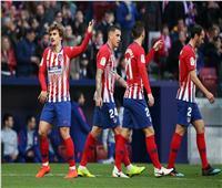 فيديو  أتلتيكو مدريد يطارد برشلونة بـ«هدفين» في خيتافي