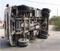 الصحة: مصرع مواطن وإصابة 23 آخرين في انقلاب سيارة بالبحيرة