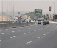 بالفيديو  كثافات مرورية عالية على أغلب الطرق والمحاور الرئيسية بالقاهرة