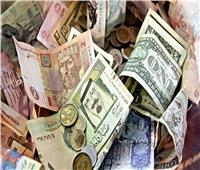 أسعار العملات العربية تواصل تراجعها والدينار الكويتي يفقد 68 قرشًا