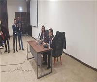 سمير صبري يبدأ ندوته في معرض الكتاب بالاعتذار للحضور
