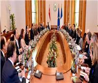 السيسي يدعو رجال الأعمال الفرنسيين لتعظيم استثماراتهم في مصر
