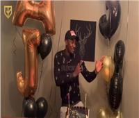 فيديو| أجاي يحتفل بعيد ميلاده برقصة «مافيا» محمد رمضان