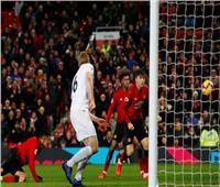 شاهد| مانشستر يونايتد ينجو من السقوط أمام بيرنلي في البريمرليج