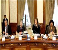 مدبولي يهنئ «وزارة الثقافة» بنجاح تنظيم معرض الكتاب الدولي