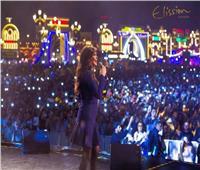 إليسا تتألق بـ«الأزرق» في دبي.. وتوجه رسالة لجمهورها