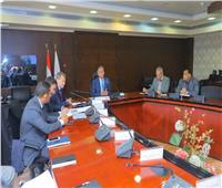 وزير النقل يشدد على «تاليس» رفع معدلات تنفيذ مشروعات تحديث نظم الإشارات