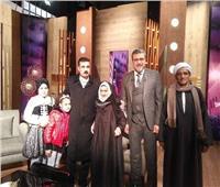 أكبر معمرة في مصر مع عمرو الليثي.. وتتبرع بتحويشة عمرها لـ«تحيا مصر»